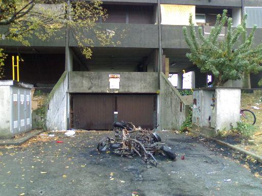 motorini incendiati il 24 ottobre 2007