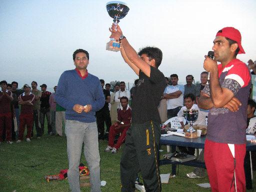 Premiazione con Asif Raza