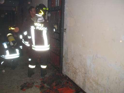 Incendio porta 139